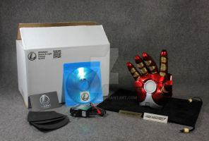 Ironman MK17 Heartbreaker Glove by Leonardis7