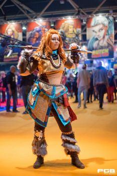 Aloy at Dutch Comic Con! by RealRavenStarCosplay