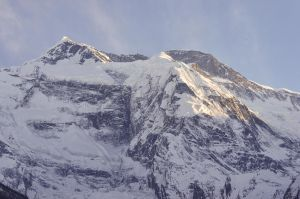 Upper Pisang - Sunset on the Annapurna by LLukeBE