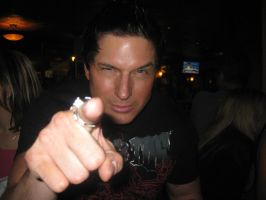 Zak Pointing by full-on-zombie