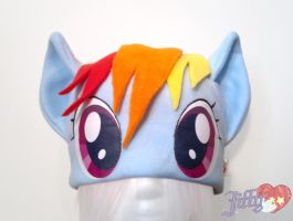 Rainbow Dash inspired hat by OnJedone