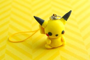 clay pikachu by hellocuteness