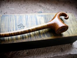 Pixie pipe (churchwarden) by HouseOfLostPlay