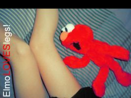 Elmo Fetichista by crimsonfaded