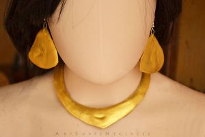 Jasmine necklace and earrings set cosplay costume by AnyShapeNecklaces