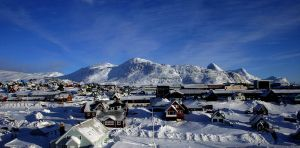 Nuuk by martinguttorm
