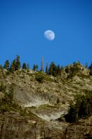Yosemite - Moon by durkad