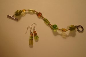 Autumn Green Glass Jewelery by SeekingElegance