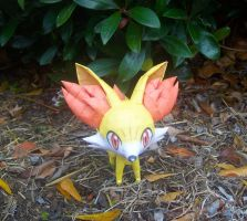 Papercraft Fennekin by Arc-Caster135