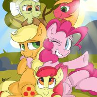 Apple Pie Family by wizardglitter