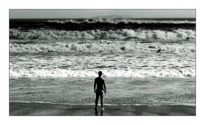 Me against the waves by th3rdeye