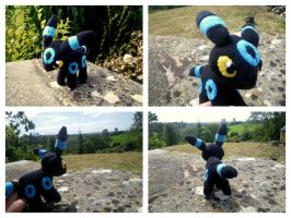 Shiny Umbreon Plush by NightskyOwl