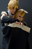 Rin and Len: Back off by NorFrosch