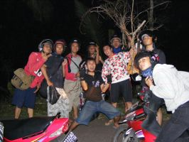 Touring Team A FH UNS 2004 by swantexadixkrisna
