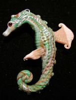 Grean seahorse by carmendee