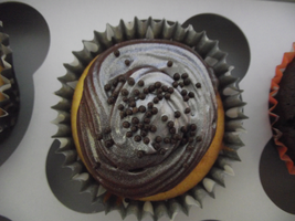 Silver-coated Chocolate Cupcake by TaviTheBlue