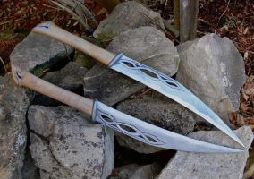 The Hobbit Desolation of Smaug / Tauriel's Daggers by Shadow-Ryuu