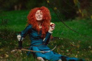 Brave - Merida - Apple by MilliganVick