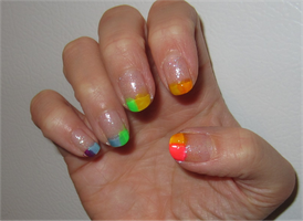 summer time nails by Emerada