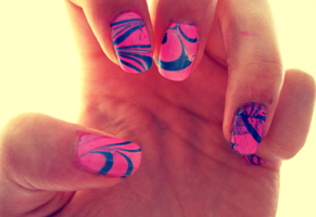 Water Marble Nail Experiment by IoanaZ