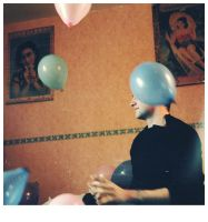 Arnaud with balloons by Gonzale