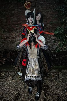 We're all mad here - Alice Madness Returns cosplay by Achico-Xion