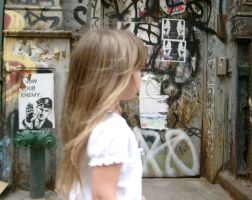 girl in new york by ruscelli