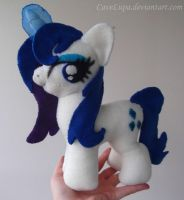 Wet mane Rarity plush by CaveLupa