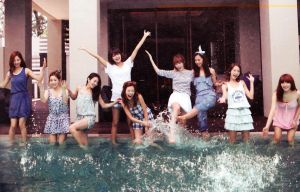 Splish Splash Wallpaper - SNSD by jaeliseop