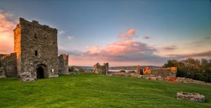 Llansteffan Castle by CharmingPhotography