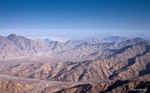 Hijaz mountains by eyesweb1