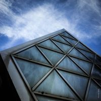 The Pyramid by tholang