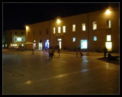 Piazza. by Anere