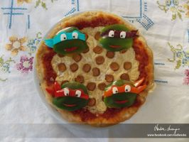 Ninja pizza by NadienSka