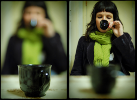 black expresso and green scarf by Caleido