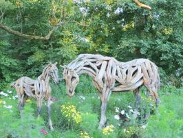 Mosaic Living Sculpture - White Horse by Kitteh-Pawz