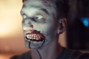 Zombie Halloween Make Up by alexanderwelitschko