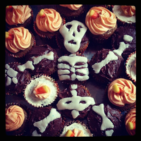 Skeleton Cupcakes by vivisnowbirch