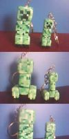 Creeper keychains - finished by Nanahuatli