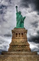 Liberty Statue HDR by cestnms