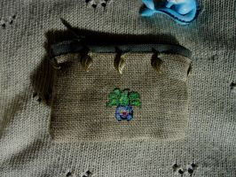 Cross stitch Oddish purse by Miloceane