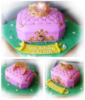 pink jewelry box cake by Cakerific