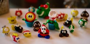 Super Mario figures by c4ptainN