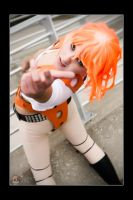 Leeloo - Hang Out by Kuragiman