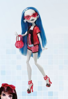 MH Gloom Beach Ghoulia by mh-maria