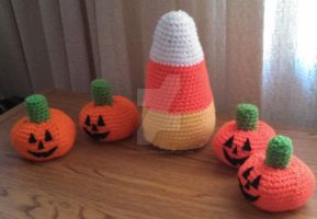 Candy Corn - Halloween 2015 by Dracocrochet