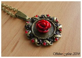Red Rose Pendant by srebrnylis