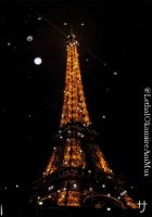 Sparkles of the Eiffel tower by LethalOkamiireAniMus