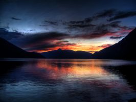 Night in Sunndal by iver56