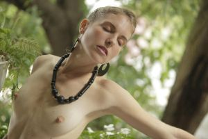 Black Necklace and Earrings by grandart
